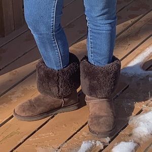 UGG Classic Tall Boot Shearling in Dark Brown 9 M